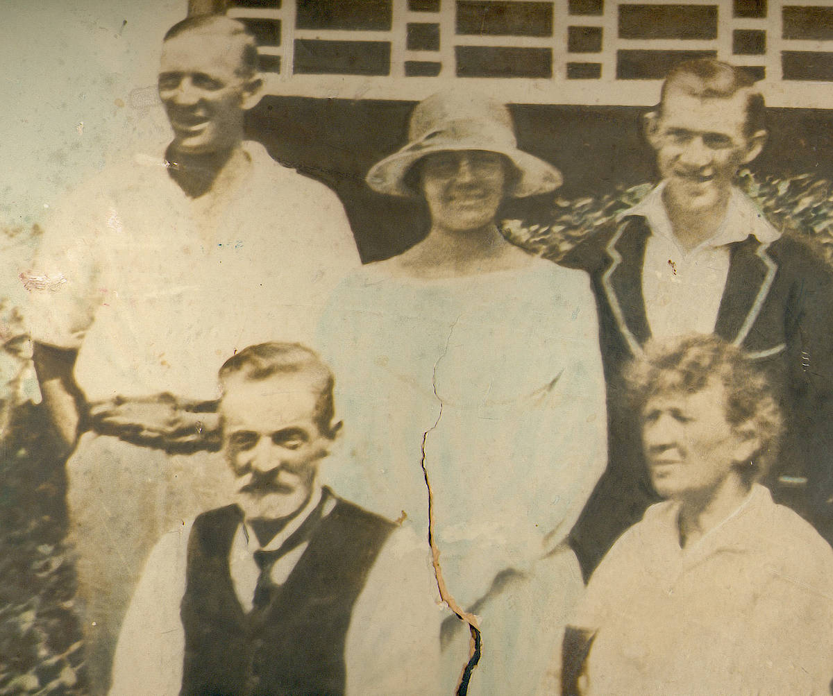In this image John Edwin is again shown, with his siblings Amy McDonald & Charles Bowman, and parents Ellen nee Wilson and John Wilson – John Wilson is from an unrelated Wilson family.